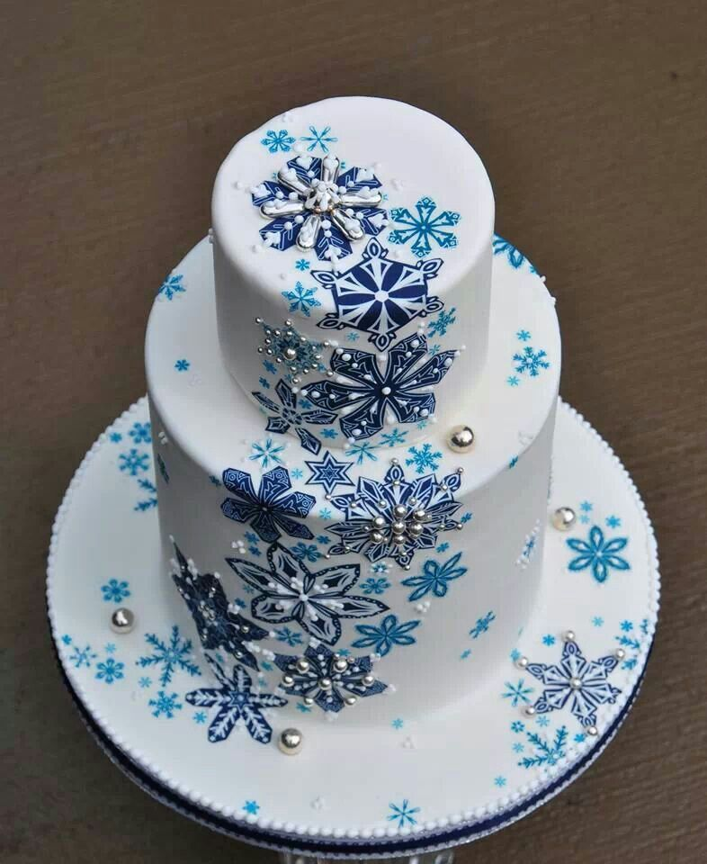 Snowflakes cake by Norman Davis   Winter cake, Christmas ...
