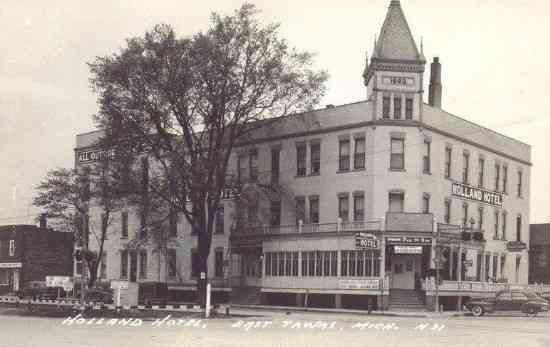 East Tawas Mi 1940 S The Holland Hotel