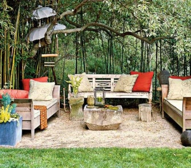 Dirt patio garden nooks living spaces pinterest for Outdoor sitting area ideas