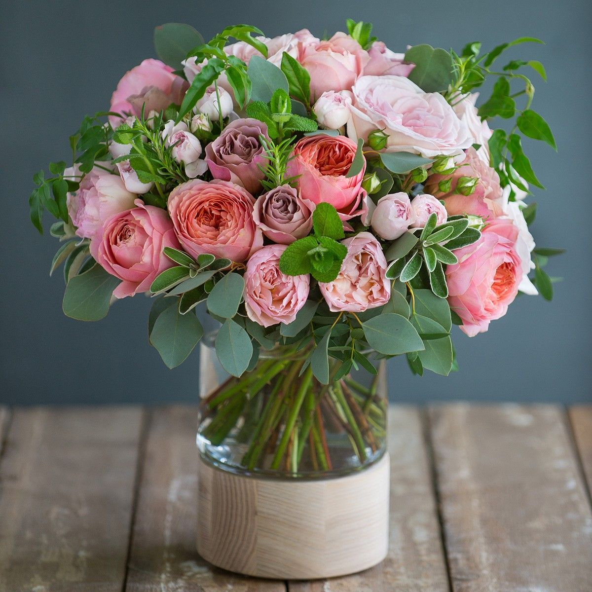 Pink blowsy and beautiful this highly scented luxury bouquet is a flower izmirmasajfo Choice Image