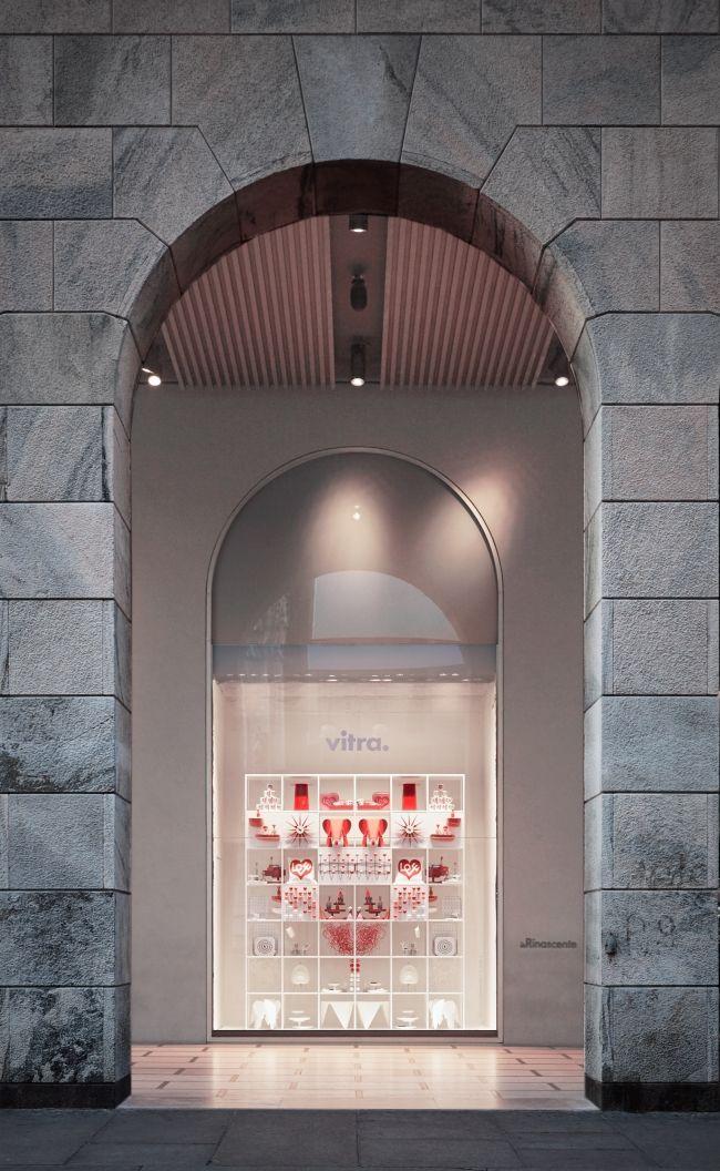 VITRA WINDOW INSTALLATION at La Rinascente Milan, by Studio