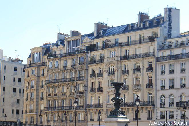 Summer in Paris - Adalmina's Secret