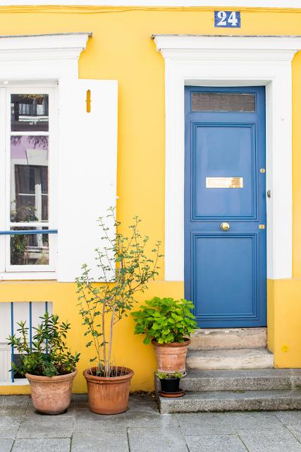 curb appeal - yellow walls and navy blue door   OUTDOOR DESIGN ...