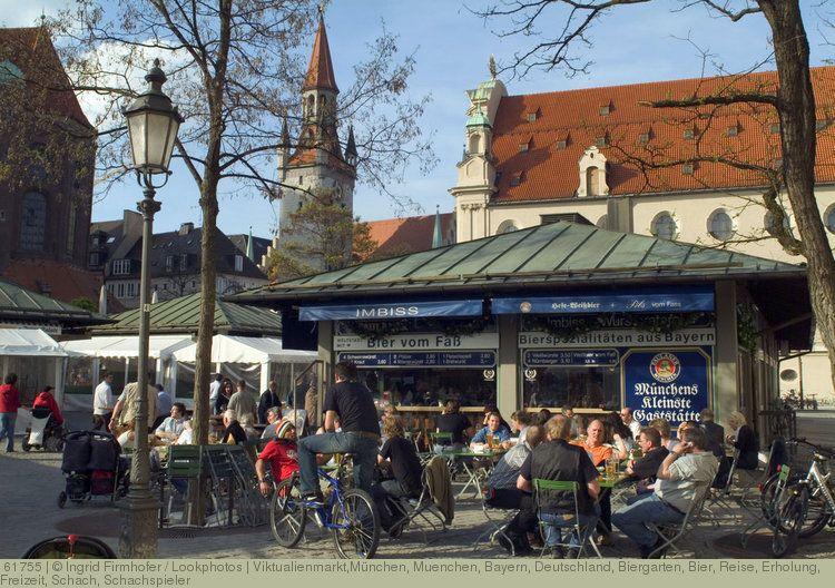 Viktualienmarkt Munchen Muenchen Bayern Deutschland Biergarten Bier Reise Erholung Freizeit Schach Schachspieler Munchen Bilder Biergarten