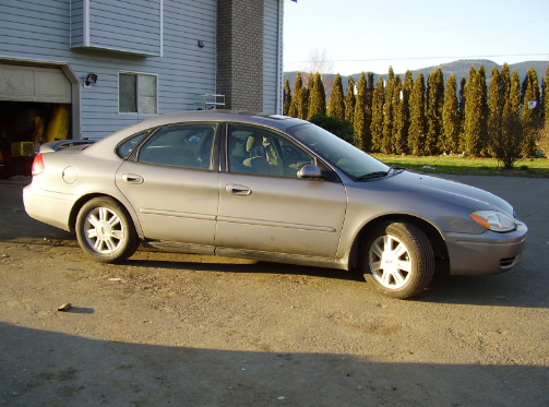 2004 ford taurus owners manual the ford taurus just continues rh pinterest co uk 2000 ford taurus manual 2000 ford taurus owners manual pdf