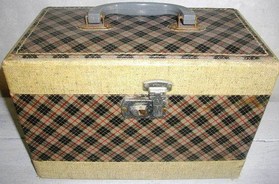 Vintage Train Overnight Make Up Case Plaid by LakesGirl on Etsy, $15.00