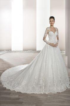 12725c458 2019 vestidos de novia cuello en V manga larga de una línea de tul con  apliques US  319.99 TDP94YPFLP - TrendProms.com for mobile