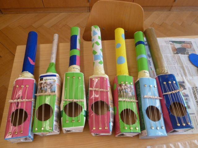 Nachhaltig: DIY-Projekt mit Verpackungen - Gitarren aus Tetra-Pak mit Kindern basteln & upcyclen #musicalinstruments