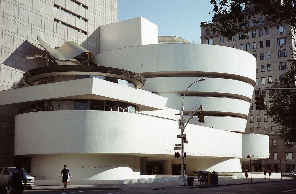 Solomon R Guggenheim Museum Frank Lloyd Wright 建築 建物