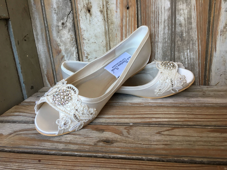 07b4f6d357b5e Open Toe Bridal Flat Peep Toe Flat Wedding Shoe Satin Lace Bridal ...