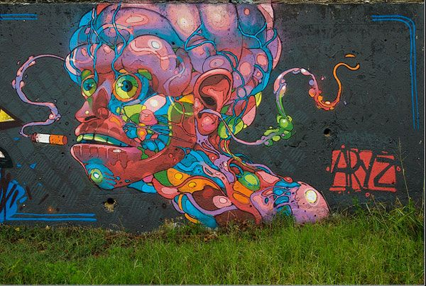 Aryz piece painted in 2010.