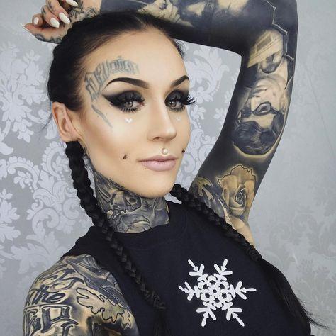 monamifrosts photo on Instagram | Monami frost, Girl