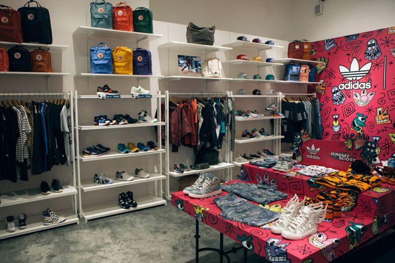 A Look Inside Hong Kong S Unique Sports Fashion Concept Store J 01 Concept Store Boutique Design Sport Fashion