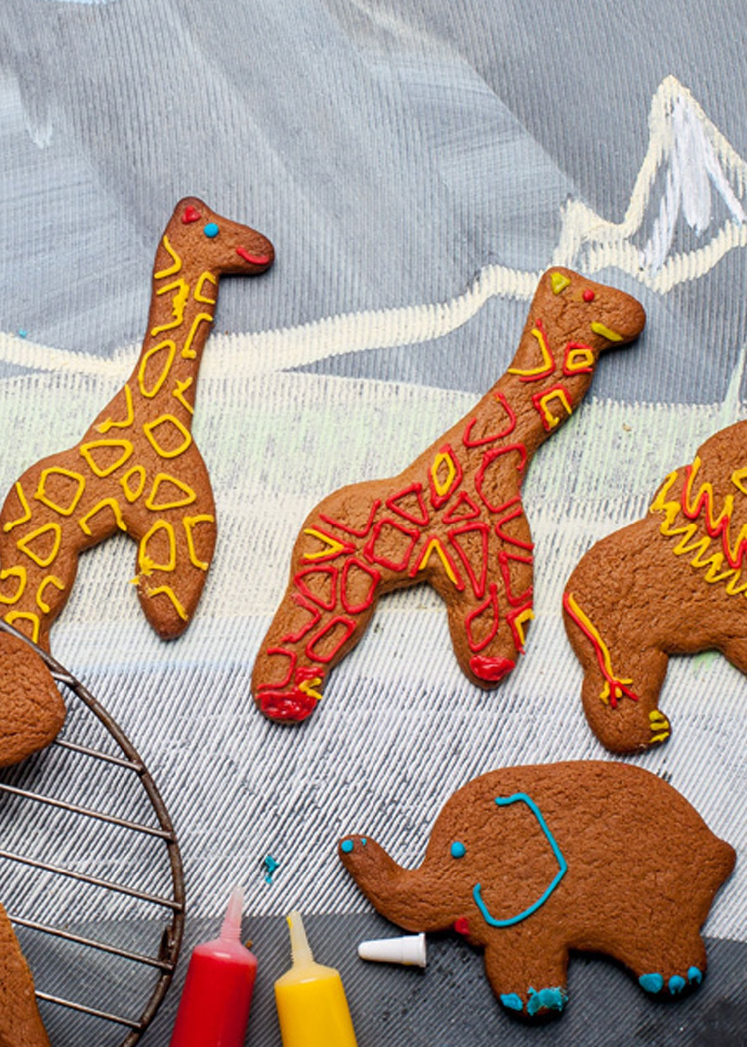 Gingerbread safari park Recipe Gingerbread biscuit