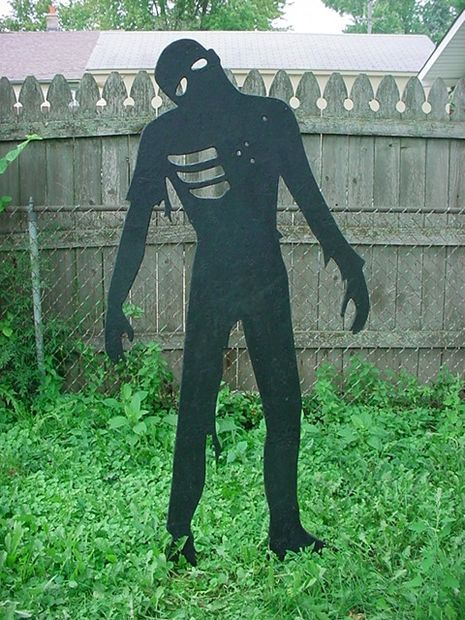 Yard Zombies for Halloween or Paintball Homemade, Pictures of and