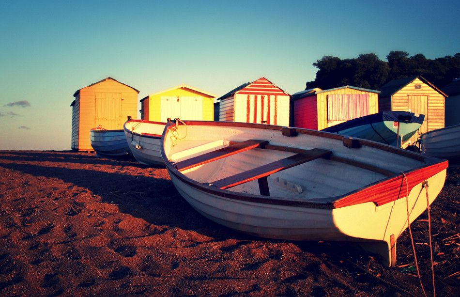 Best beaches huts - Teignmouth Harbour - Copyright TempusVolat - European Best Destinations