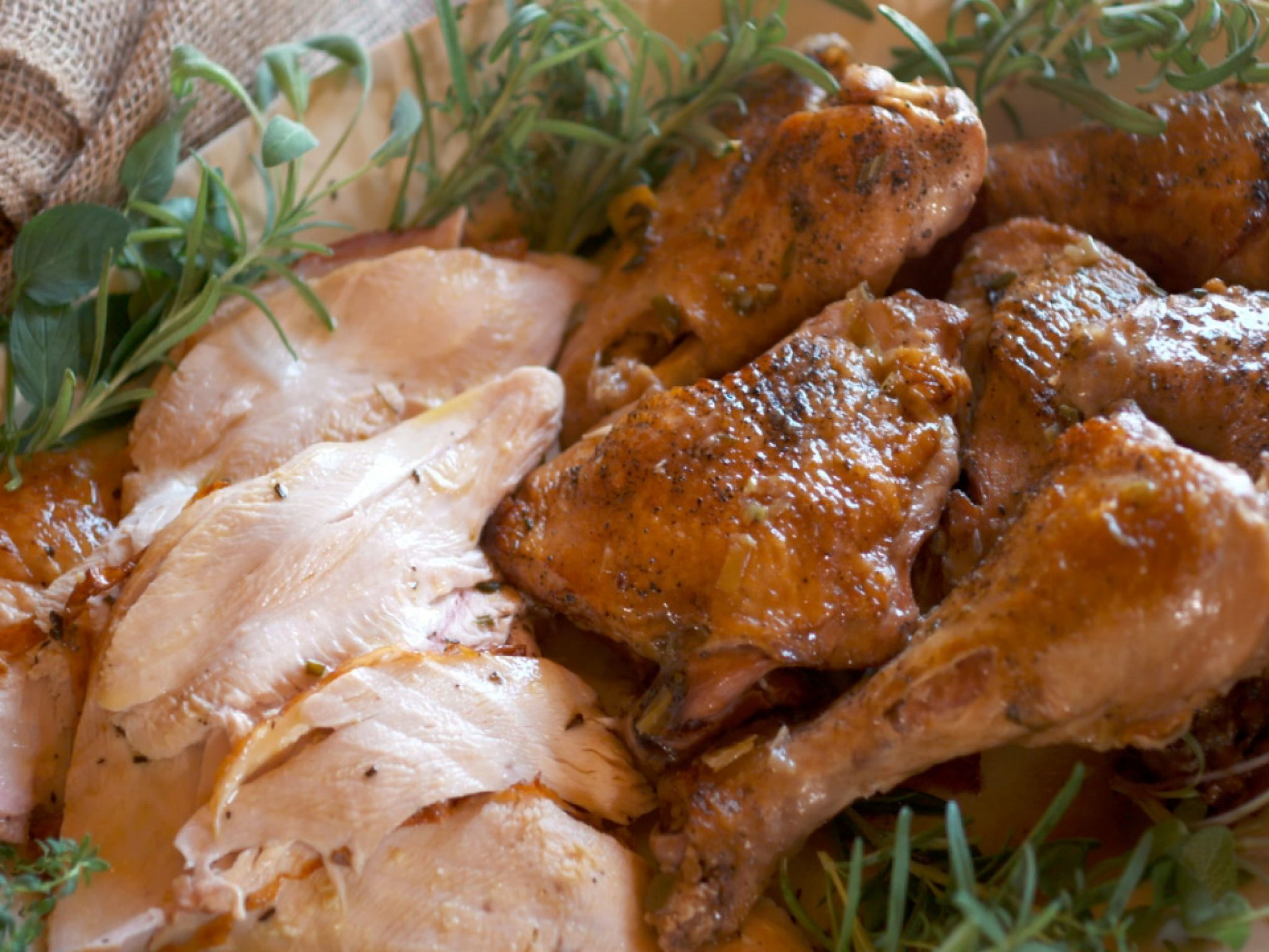 Roasted and Braised Turkey with Cognac Gravy #farmhouserulesrecipes