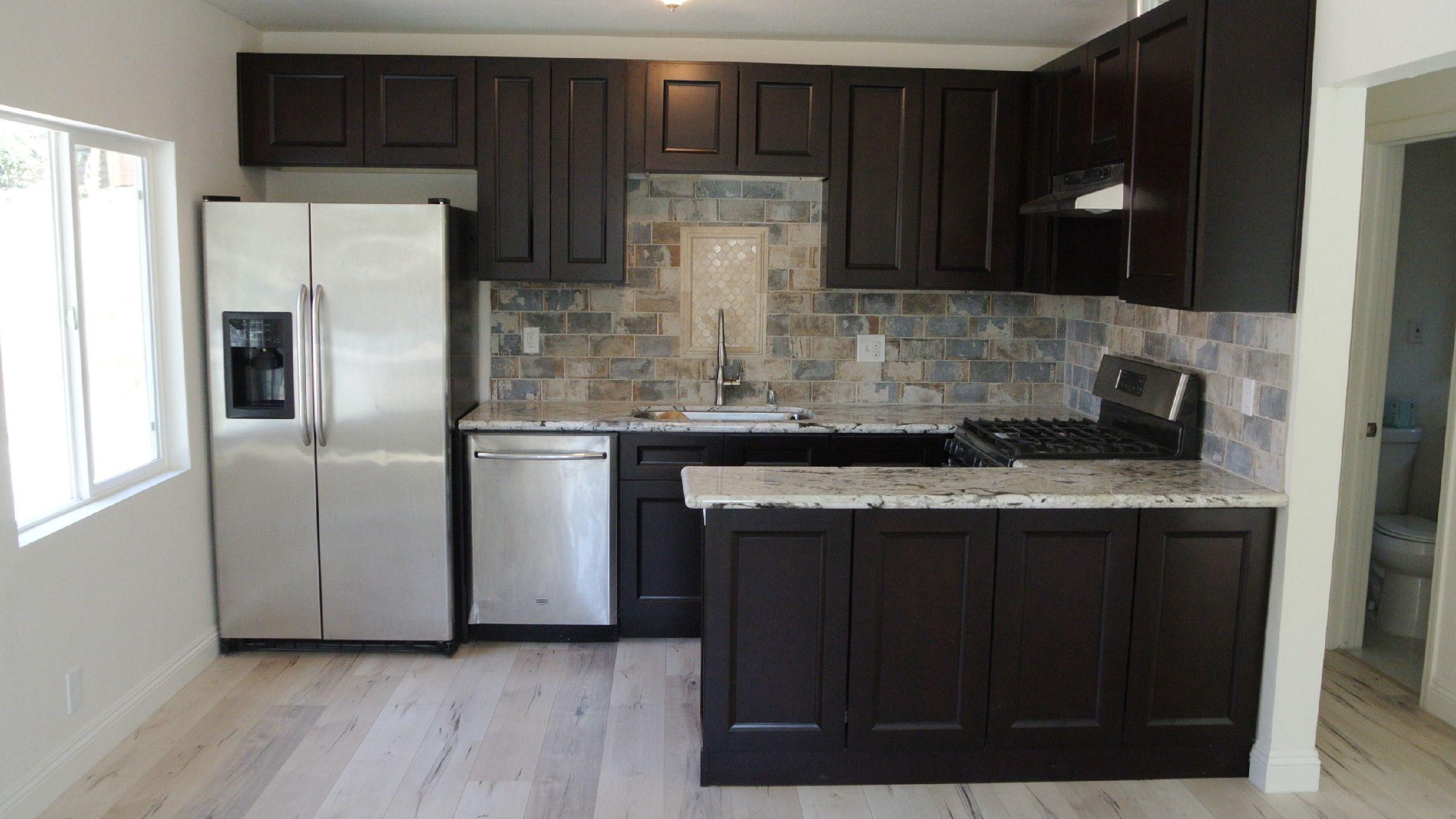 kitchen and bath cabinets wholesale