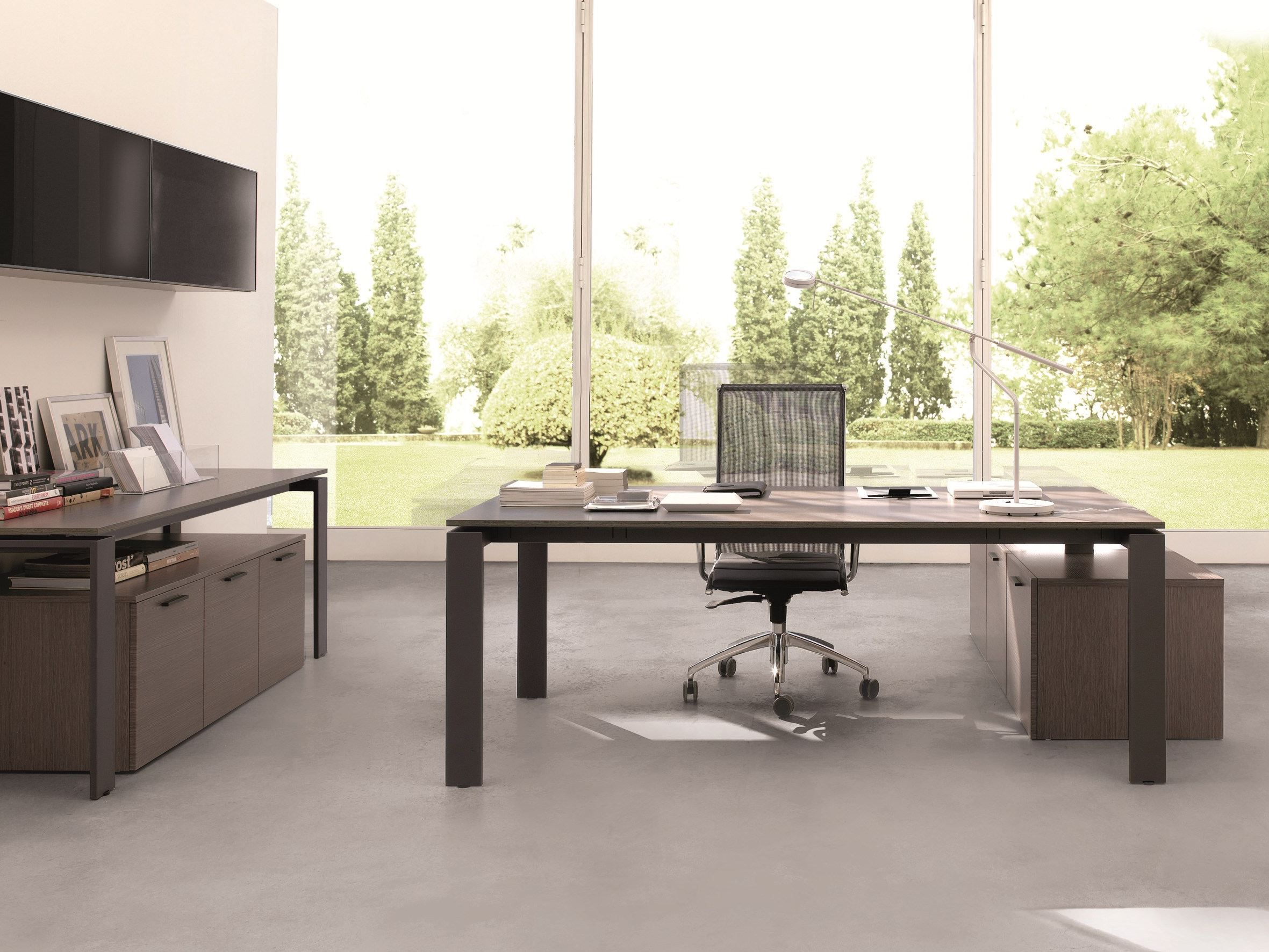 Office Workspace: Cool Home Office Desk Design With Bold Desktop .