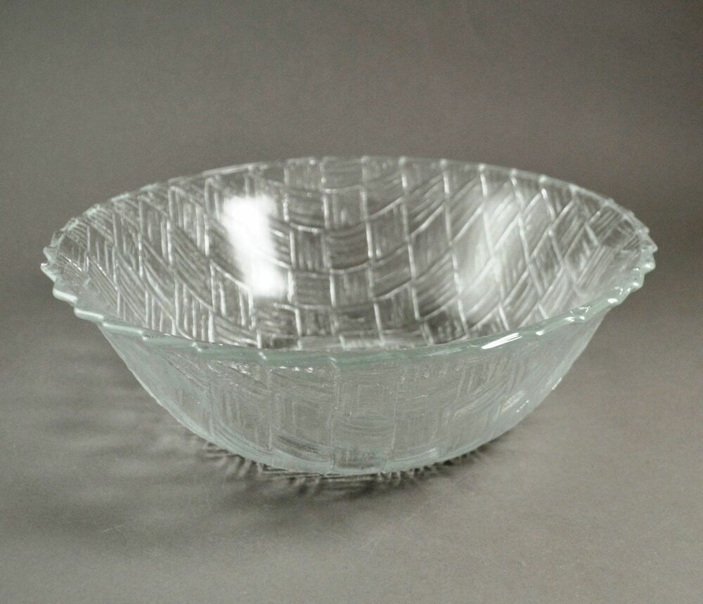 Vintage Indiana Weavetex Large Clear Glass Salad Or Serving Bowl Glass Serving Bowls Indiana Glass Serving Bowls