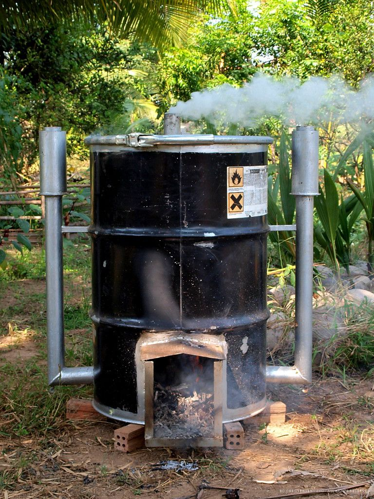 some time ago my wife gave me a charcoal kiln, made by a local guy