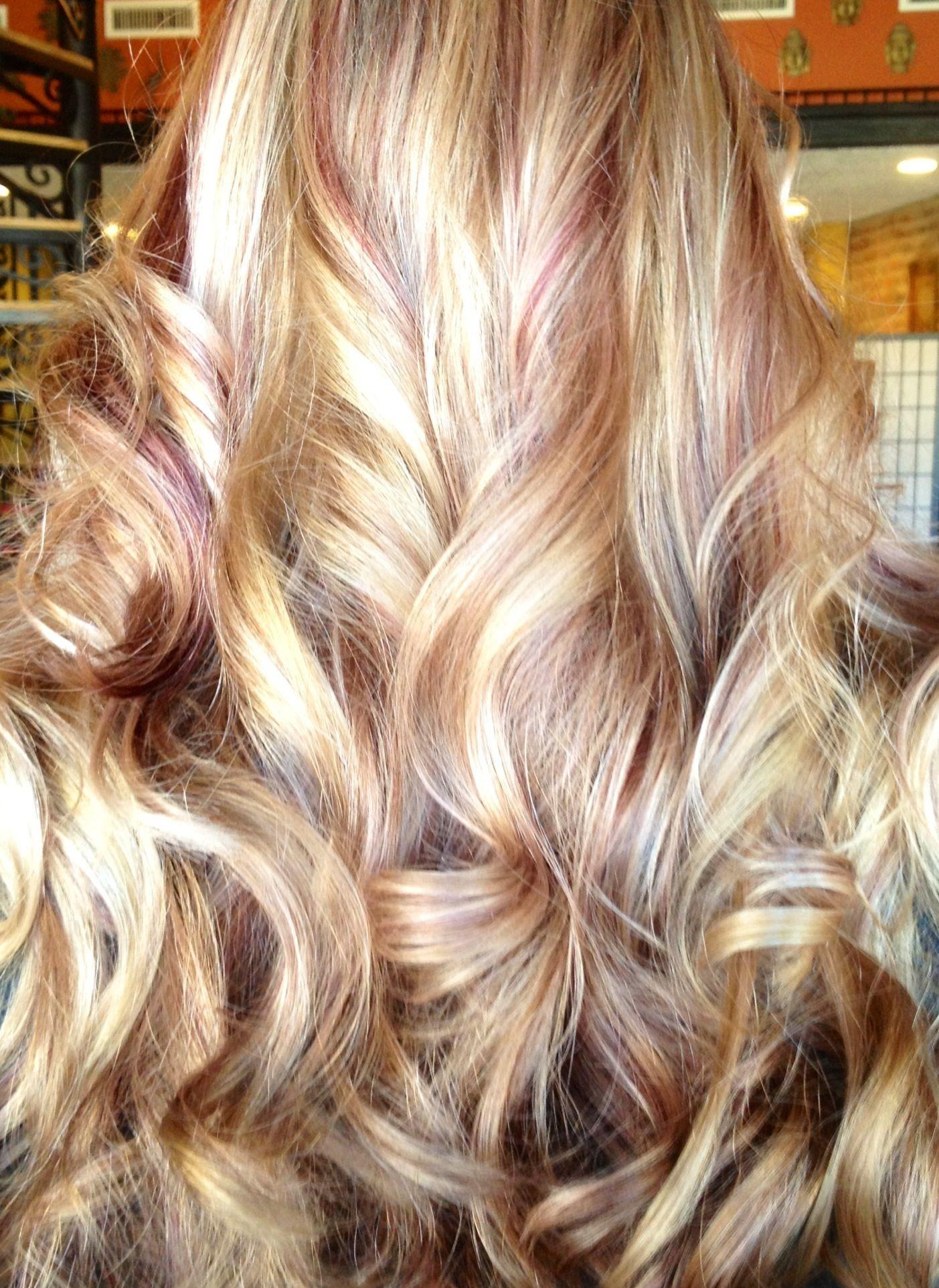 Blonde Wth Red And Brown Lowlights Hair Highlights Bleach Blonde Hair Hair Styles