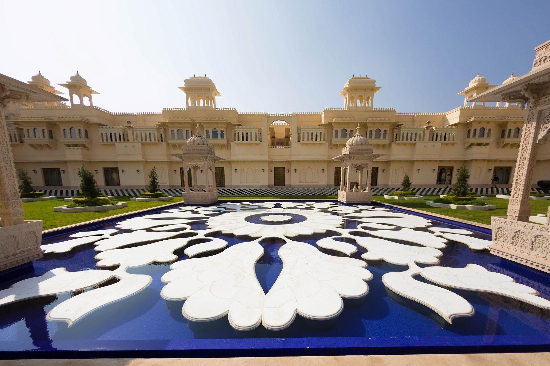 Oberoi udaivilas udaipur landscape architecture india for Landscape architects in india