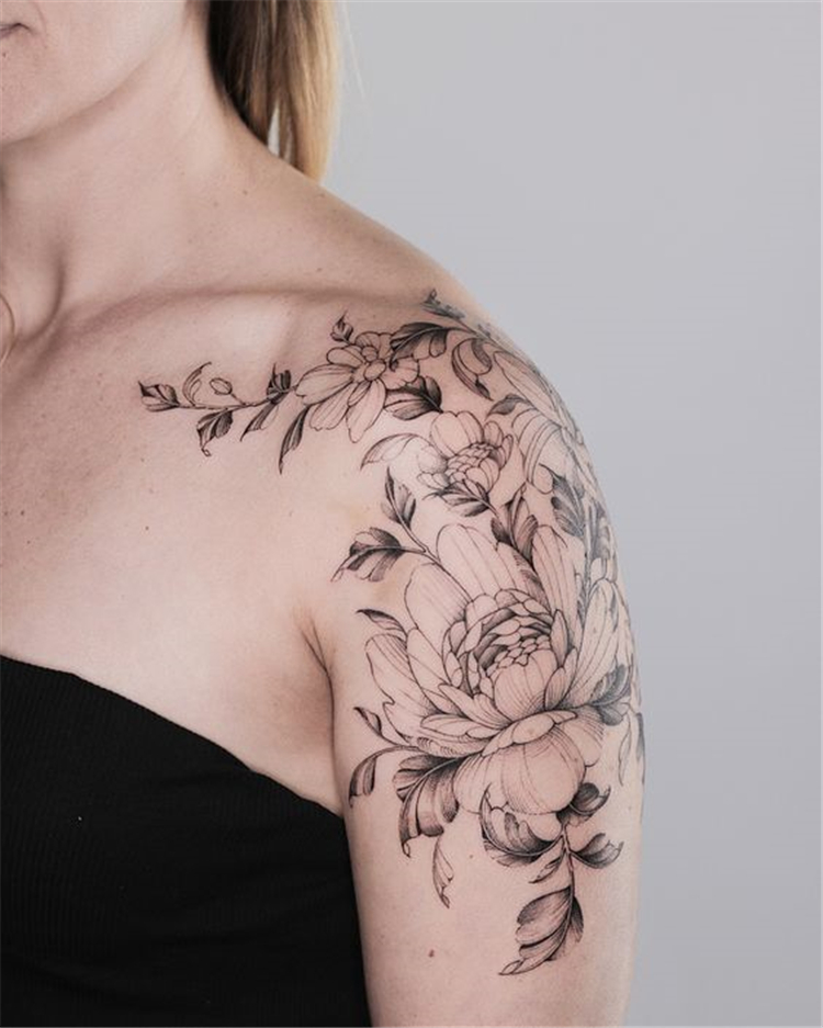 50 Gorgeous And Exclusive Shoulder Floral Tattoo Designs You Dream To Have Women Fashion Lifestyle Blog Shinecoco Com In 2020 Feminine Shoulder Tattoos Shoulder Tattoos For Women Flower Tattoo Shoulder