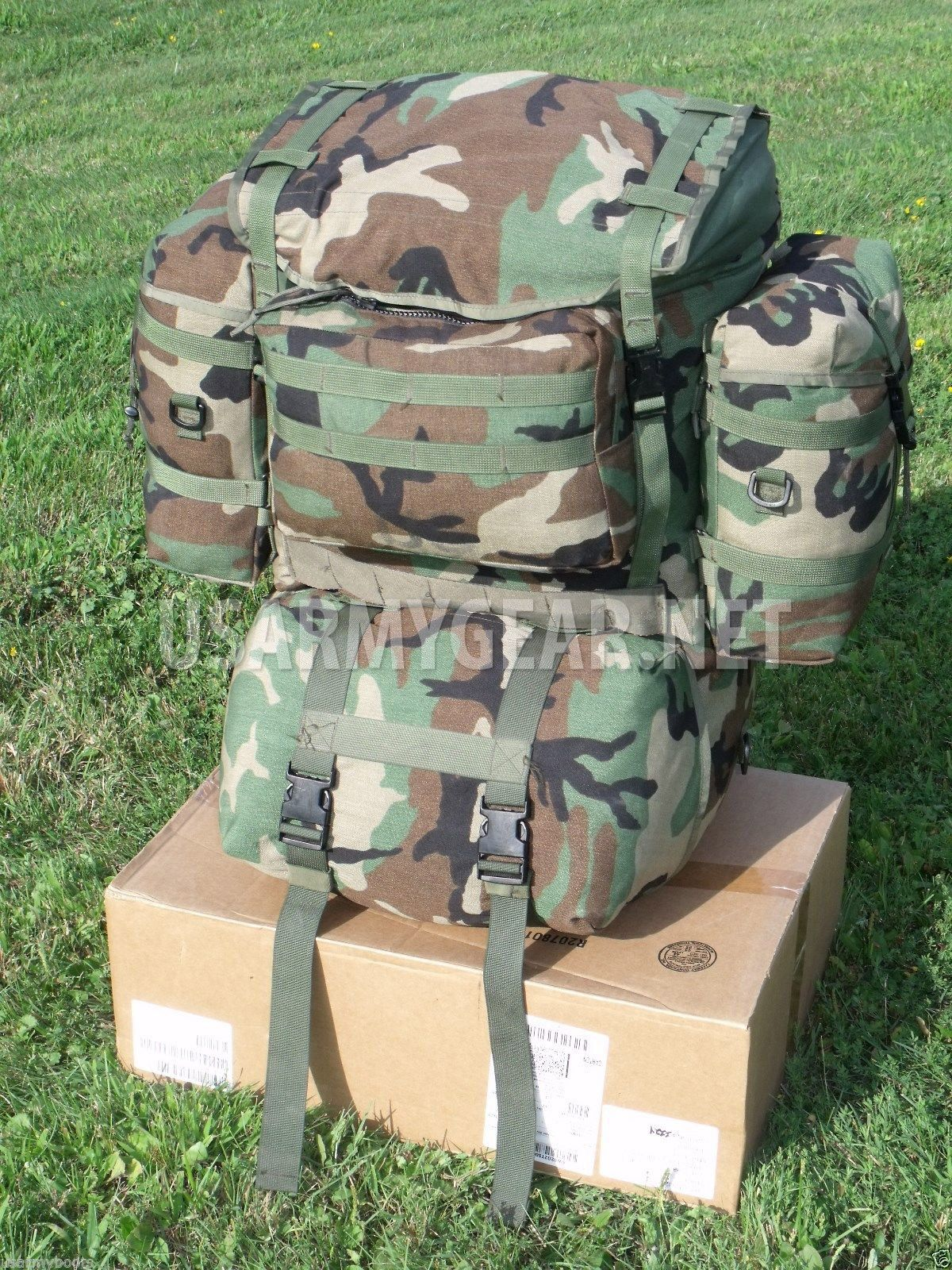 5f82c67d6bf0 Made in USA Army Molle II Woodland Rucksack, Backpack System Set | US Army  Gear