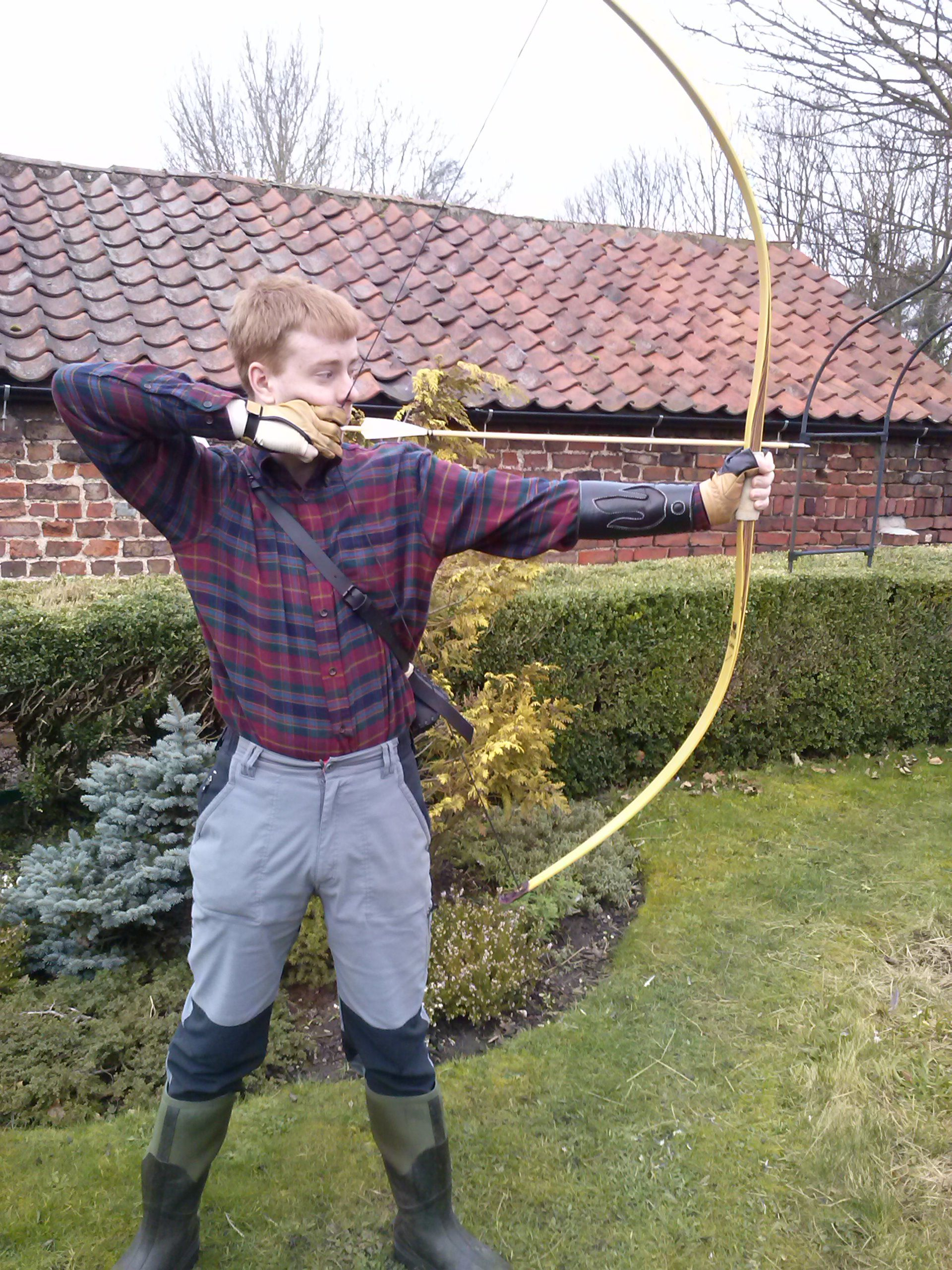 josh trying out his new kg cobra american flat bow a replica of