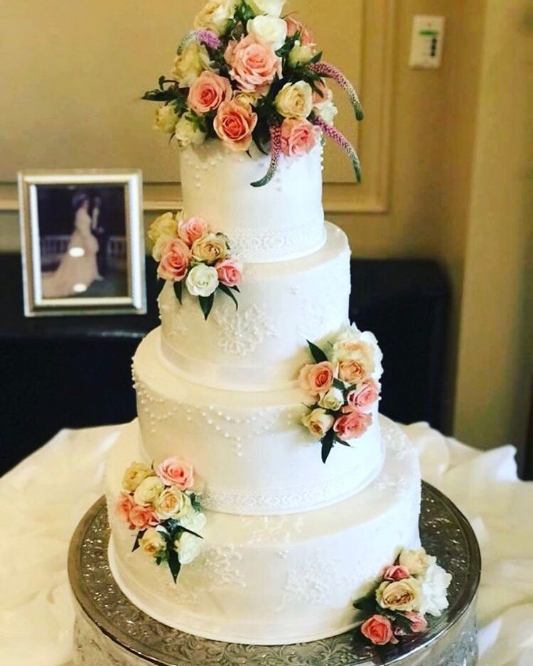 Simple Four Tier Wedding Cake With Fresh Fls Cakes 2 Dy 4 In Corpus Christi Tx