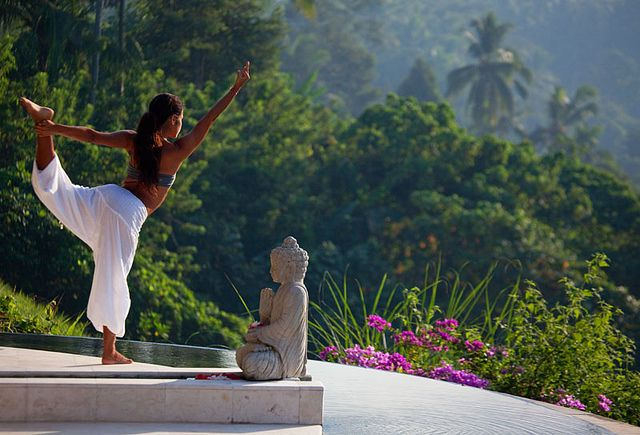 18+ Body positive yoga retreat inspirations