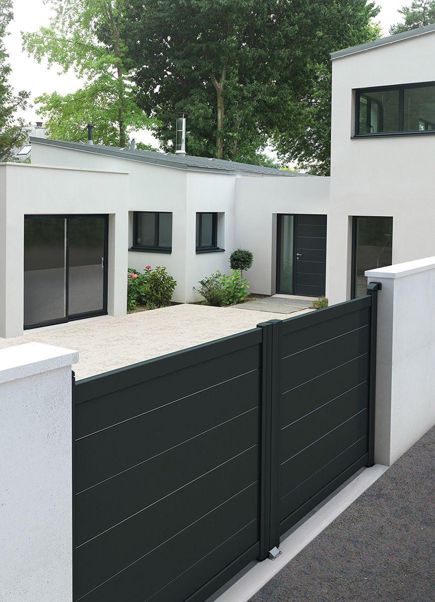 portail et portes contemporaine citadine by k line. Black Bedroom Furniture Sets. Home Design Ideas