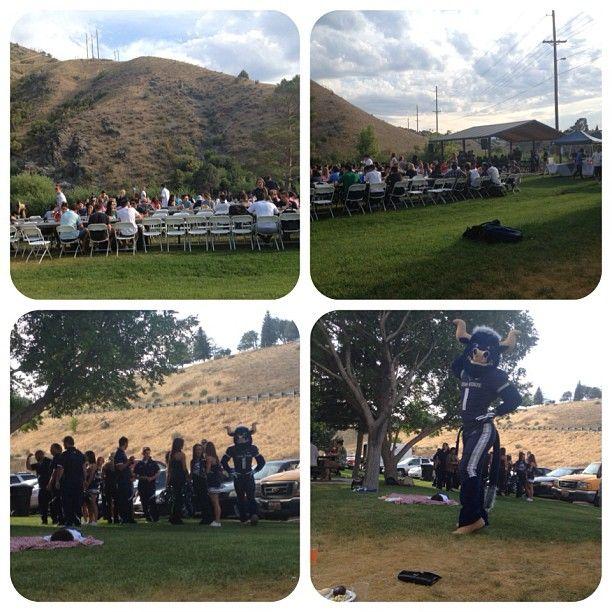 Orientation day #mountains #lake #aggie #USU #bigblue #students #logan #dinner #out