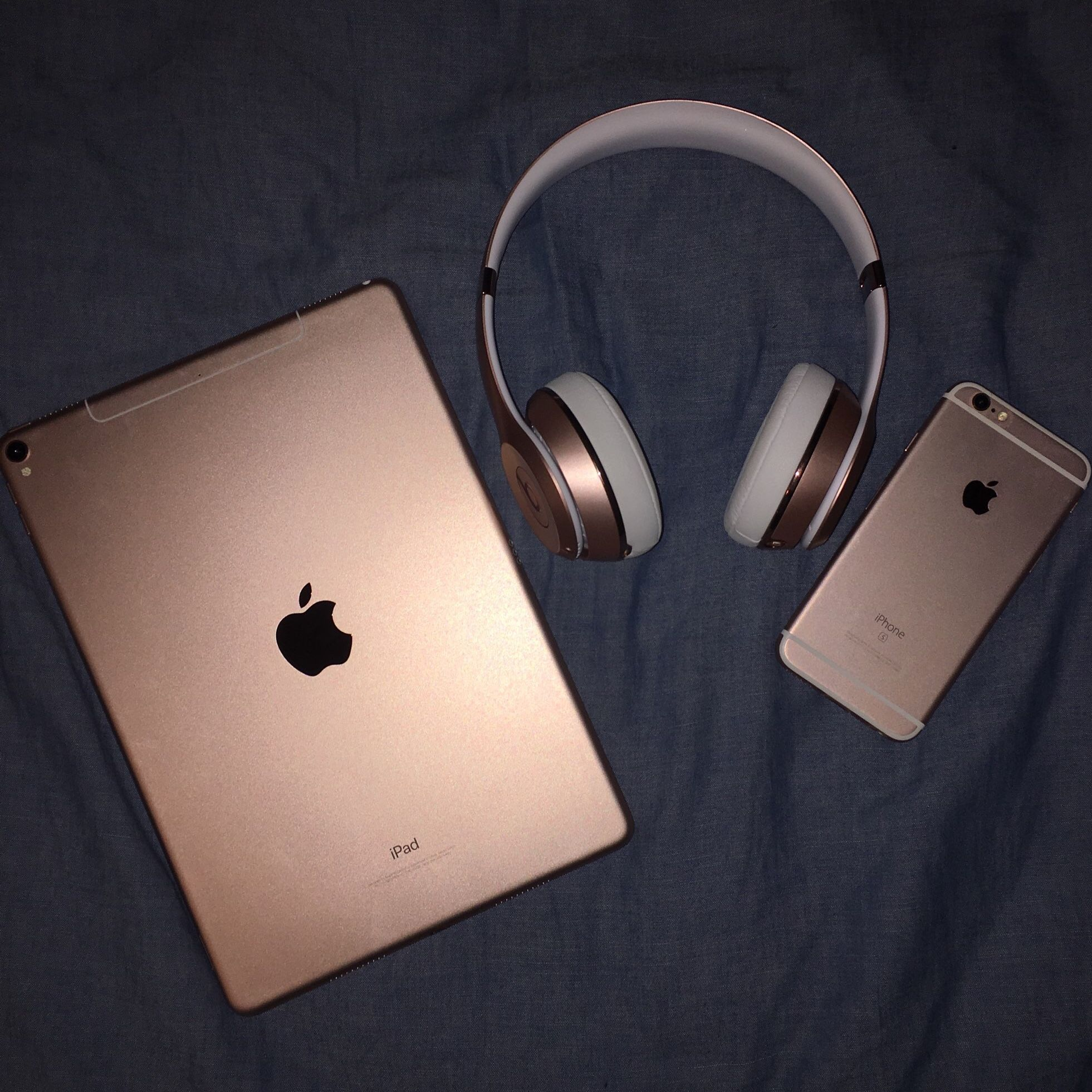 Rose Gold Collection Electronics Apple Products Iphone 6s Ipad Beats Solo Vsco Apple Products Electronics Apple Iphone