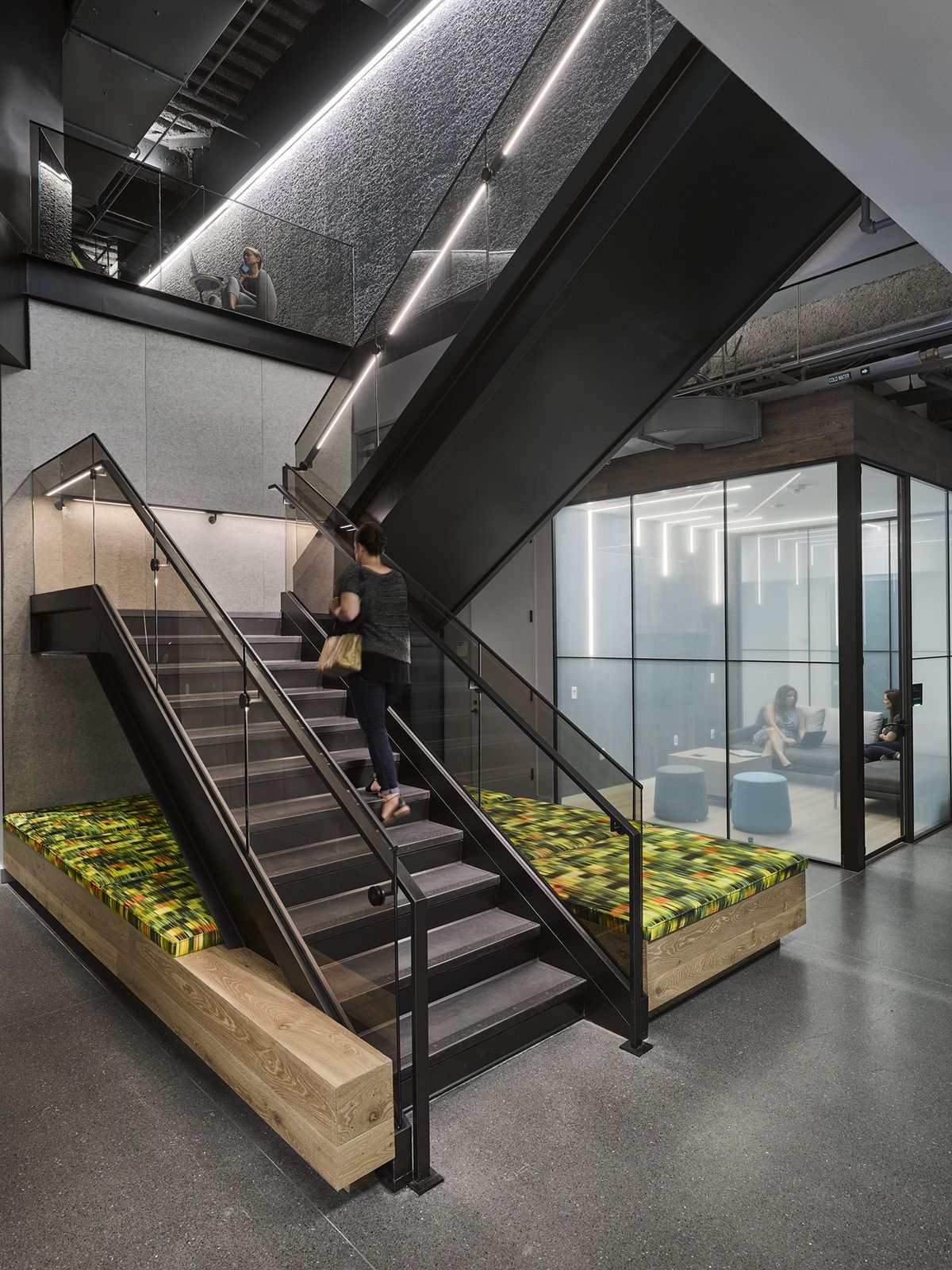 Best A Tour Of Boston Consulting Group's Modern Office In 400 x 300