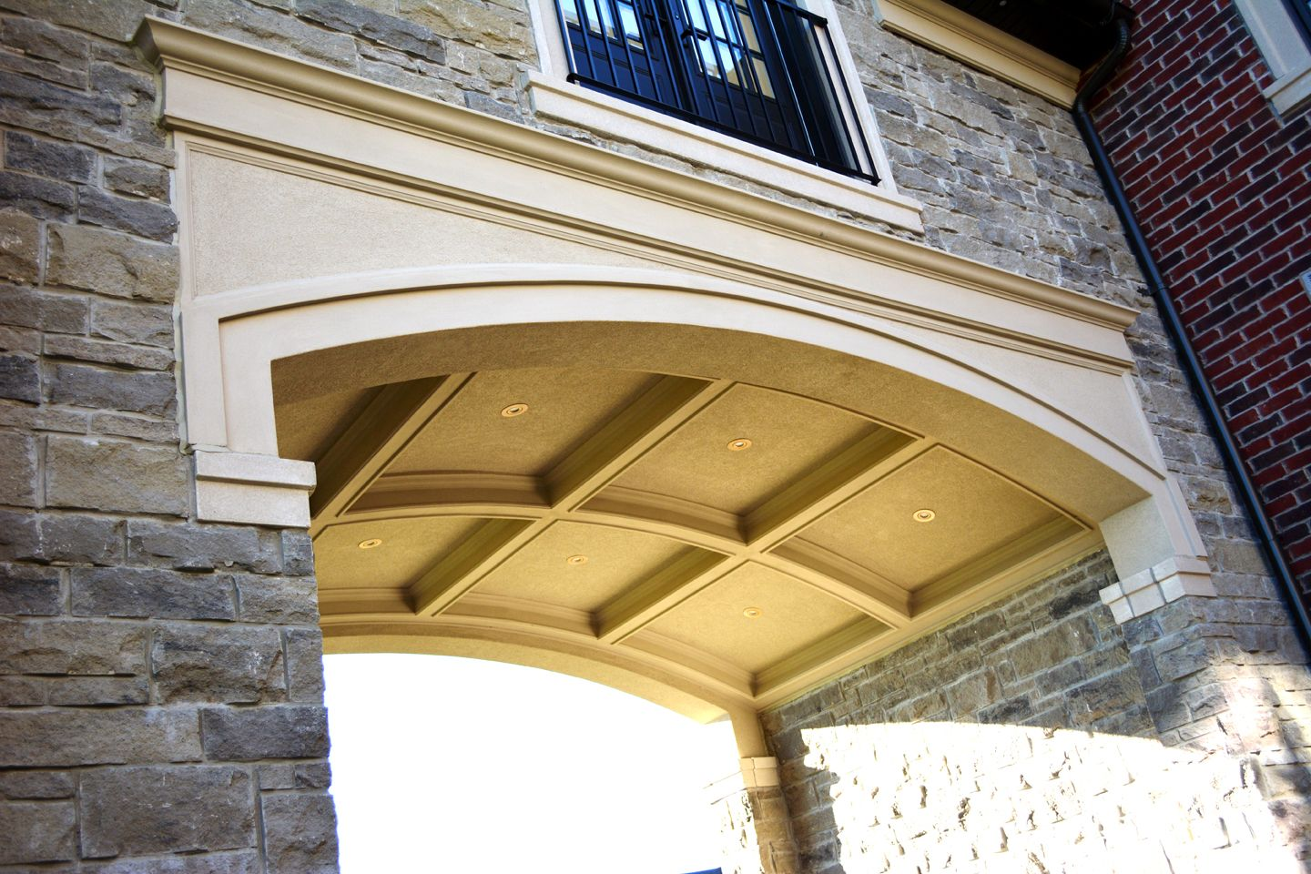 yellow stucco with stone - Google Search | Dream Home | Pinterest ...