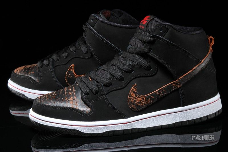 Black  Nike SB Dunk High Black Red