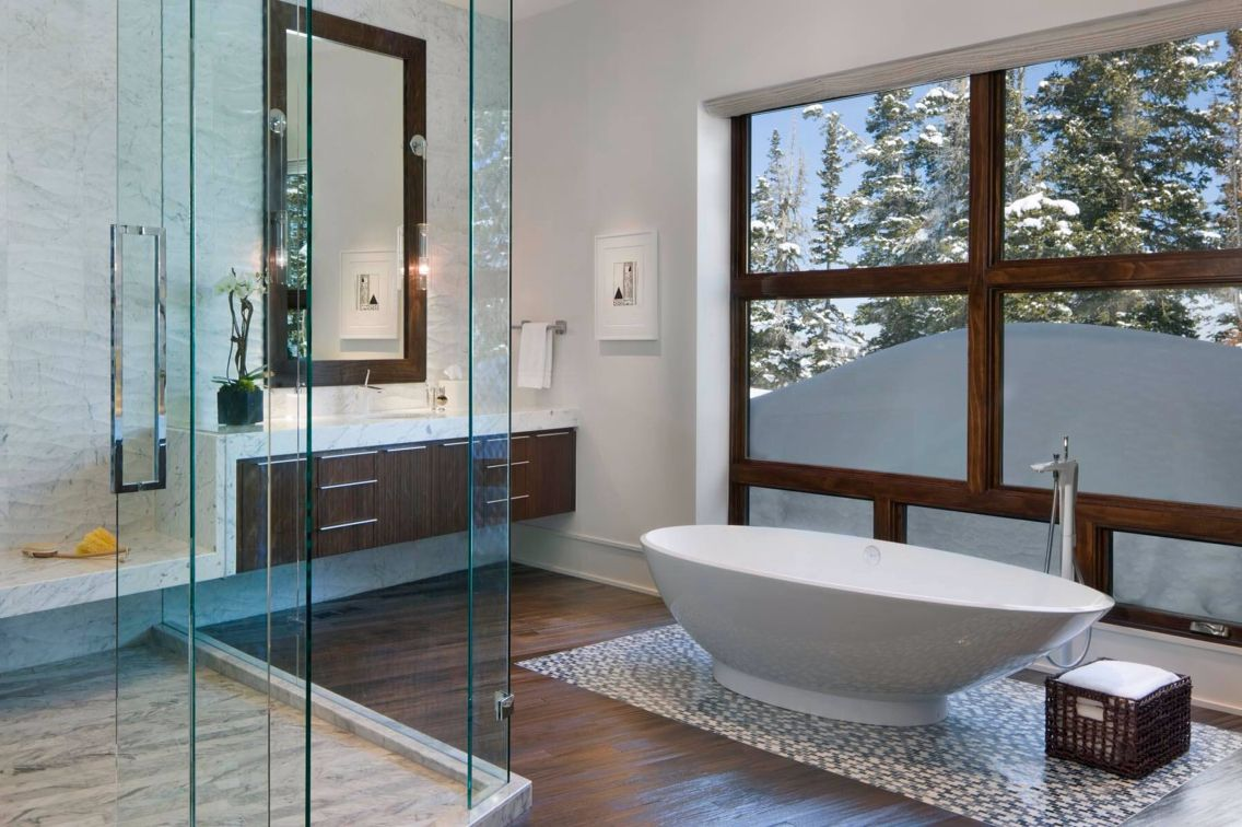 Nice clean Master Bathroom.