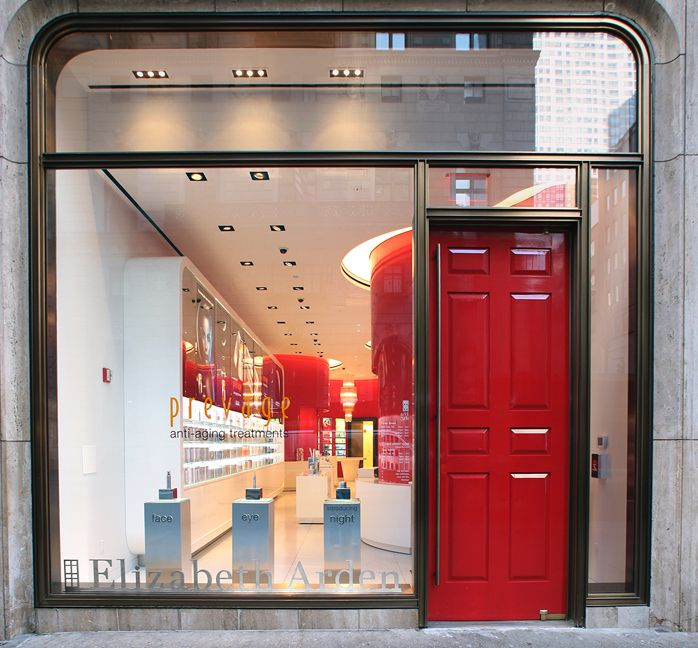 5th Avenue New York City Elizabeth Arden Red Door Store And Spa Red Door Elizabeth Arden Red Door Spa Store