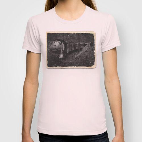Spooky Train T-shirt Train railway railrod ghost eisenbahn geisterzug zug horror #Train #railway #railrod #ghost #eisenbahn #geisterzug #zug #horror #pink