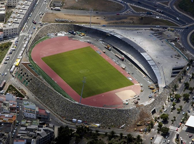 Insular Athletics Stadium | Official website of FERNANDO MENIS, architect