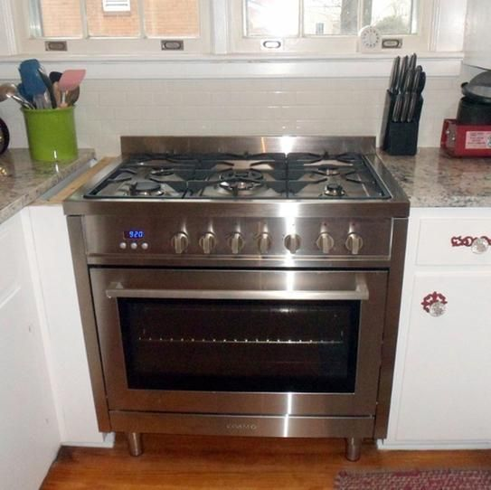 Cosmo Commercial Style 36 In 3 8 Cu Ft Single Oven Dual Fuel