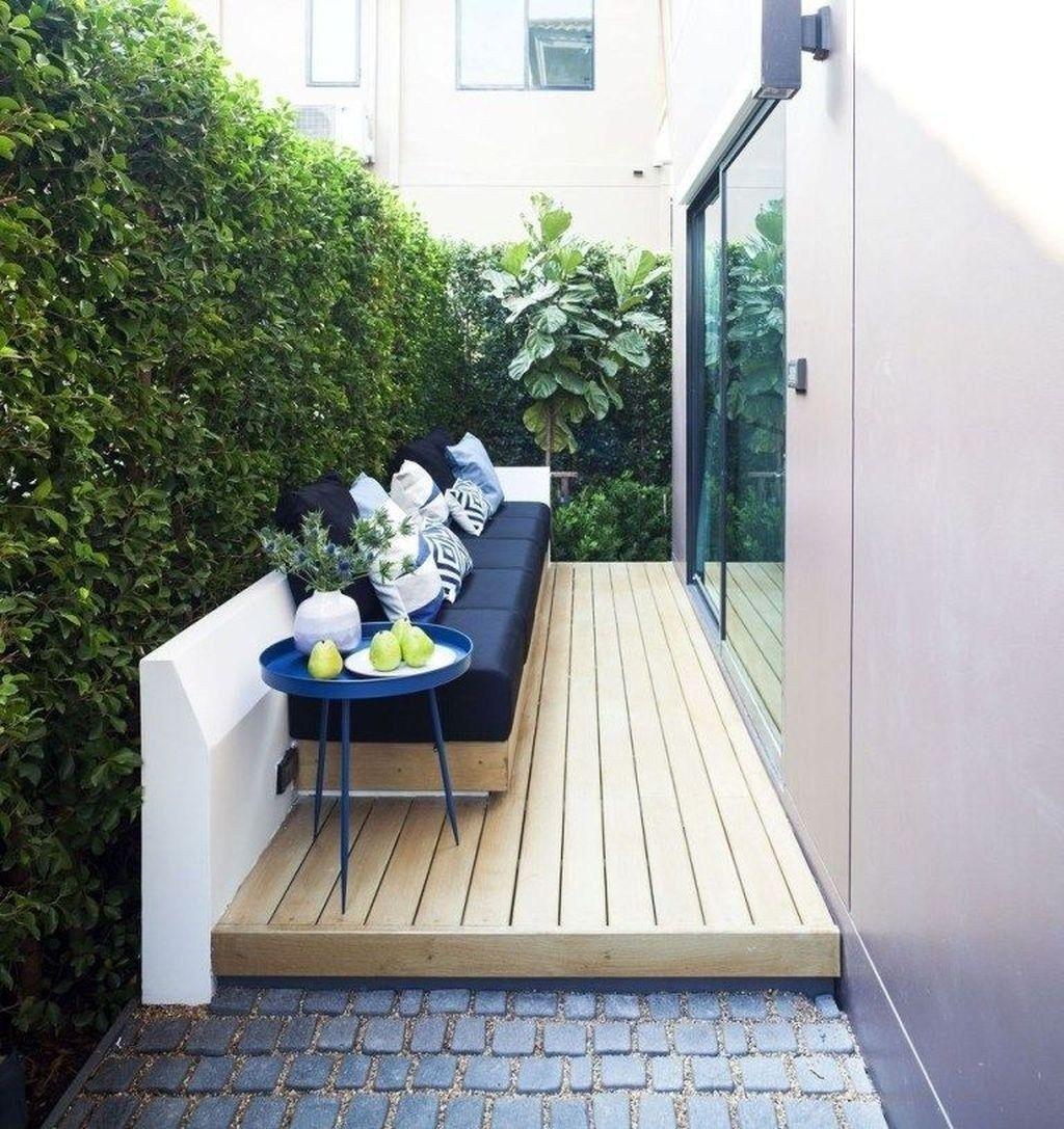 20 Chic Small Courtyard Garden Design Ideas For You Patios Traseros Decoracion Patios Pequenos Y Patio Y Jardin