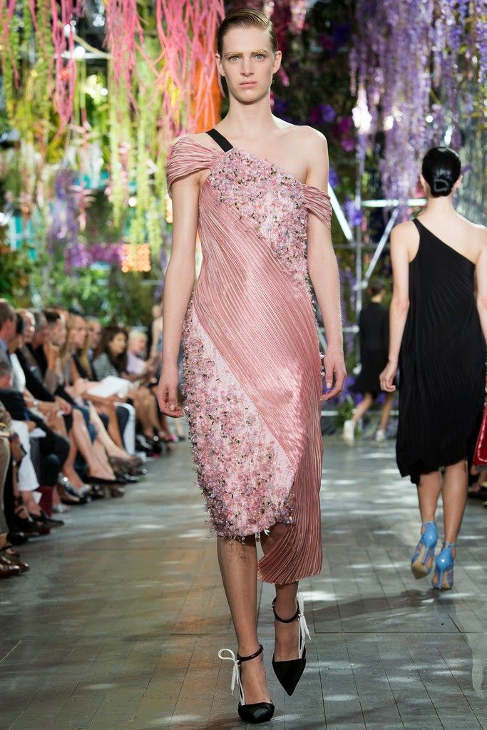 moda #fashion #Dior http://cuchurutu.blogspot.com.es/2014/07 ...