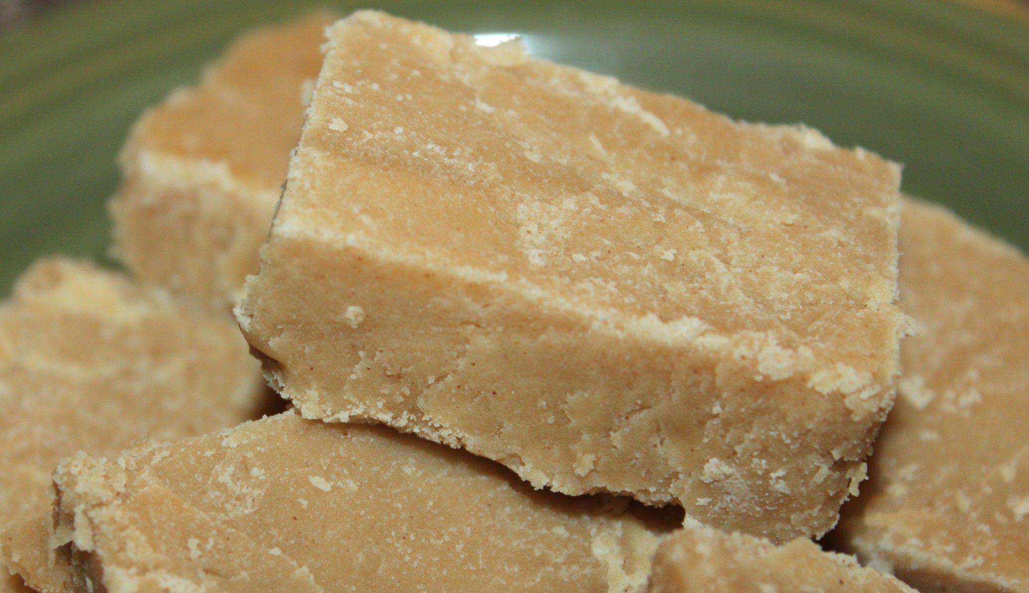 Grandma's Easy Peanut Butter Fudge Recipe - Holiday Magic!