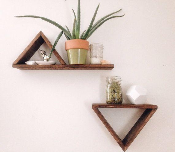 Simple Triangle Shelf Set Par Yellowfoxco Sur Etsy Etagere