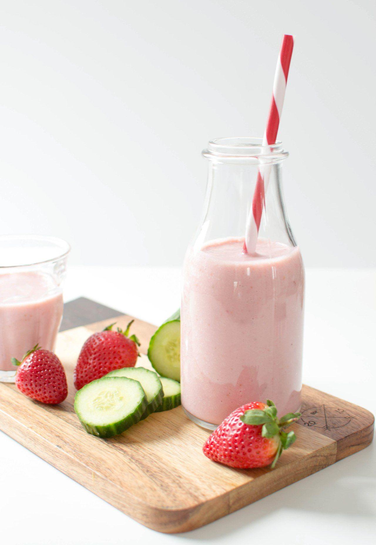 1 Smoothie-fraise-concombre-des-fruits-et-des-legumes-3