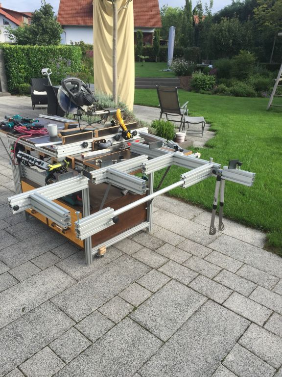Photo of Multifunction table for sawing, milling and welding – wood and glue
