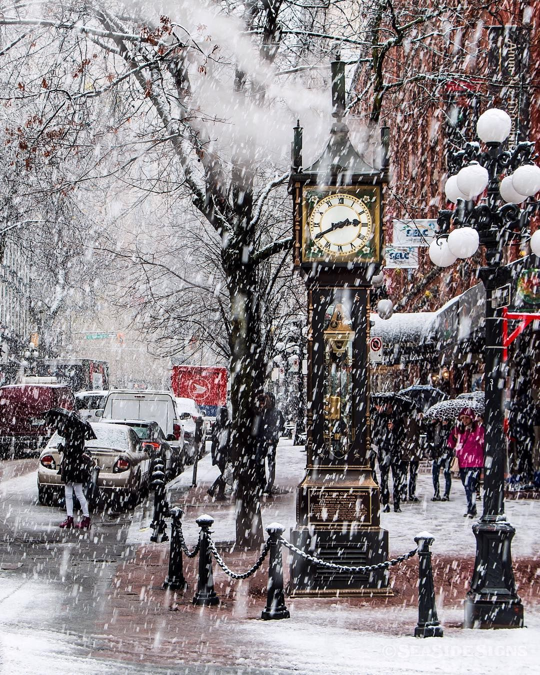 Gastown Vancouver: Glorious Gastown Yesterday's Blizzard In The Heart